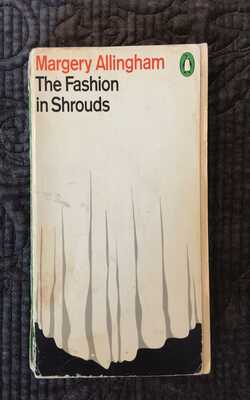 The-Fashion-in-Shrouds