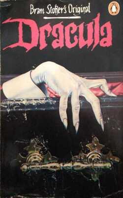 Dracula-By-Bram-Stoker's-Paperback