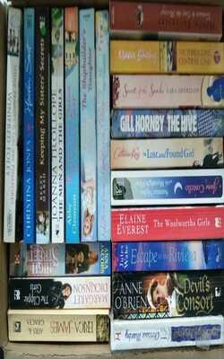 20--MIXED-CHICK-LIT-BOOKS-BOX